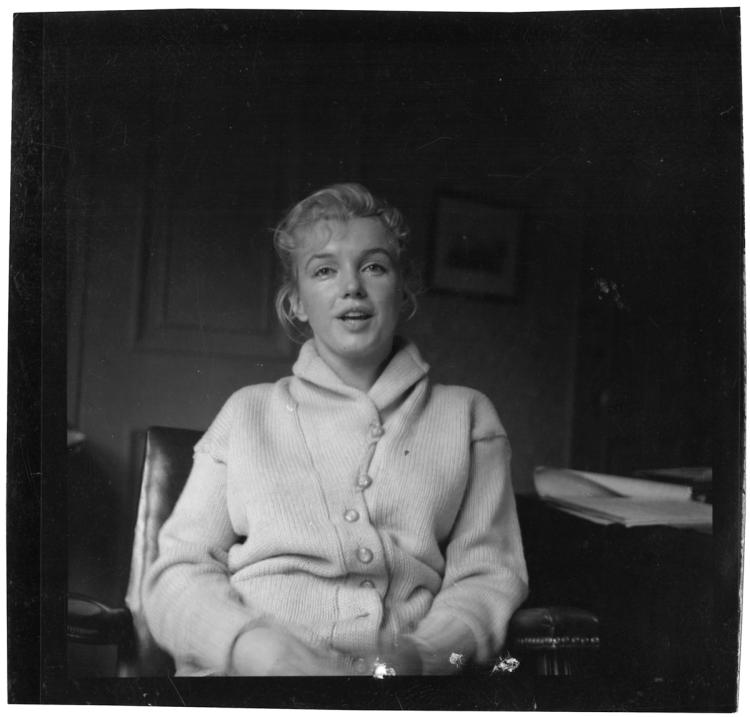 Set of (7) vintage original contact prints with 4-featuring Marilyn Monroe.
