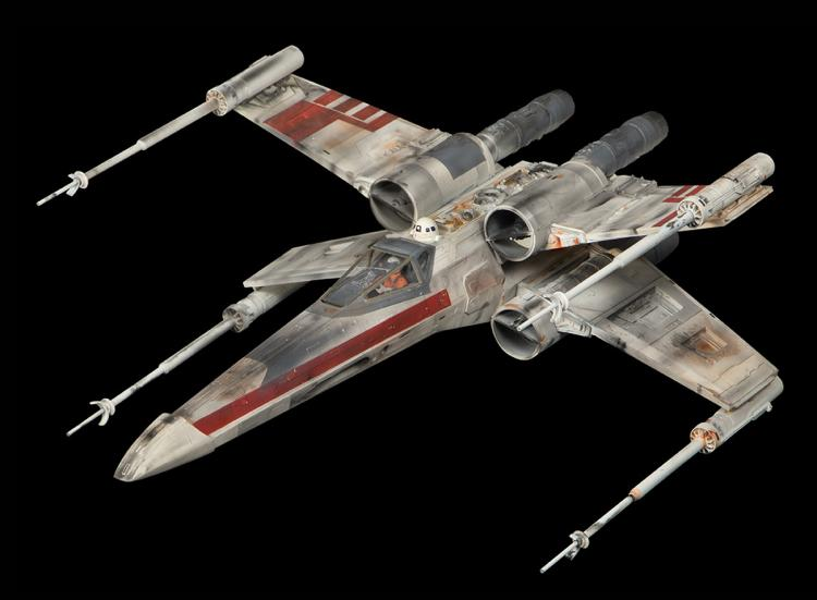 original screen used x wing fighter miniature from star wars. Black Bedroom Furniture Sets. Home Design Ideas