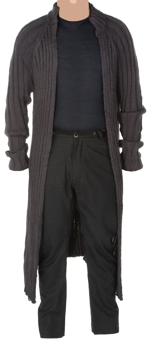 """""""Haymitch Abernathy"""" long gray sweater ensemble worn in The Hunger Games: Catching Fire ."""