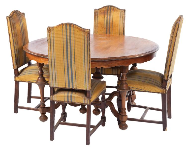 """Haymitch Abernathy"" table and (4) chairs from his Victors' Village kitchen in: Catching Fire ."