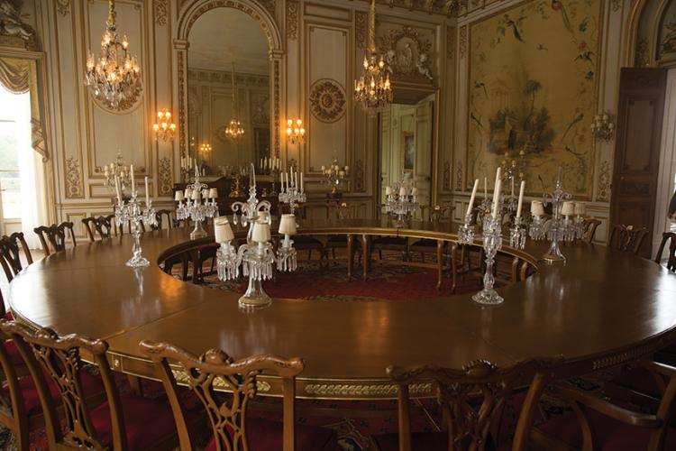 President snow large round dining room table from the hung - American history x dinner table scene ...