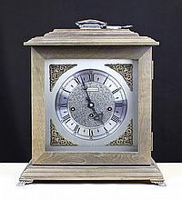 ANTIQUE TABLE CLOCK