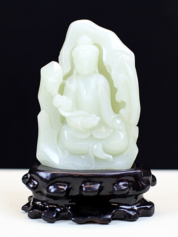 HE-TIAN WHITE JADE CARVING