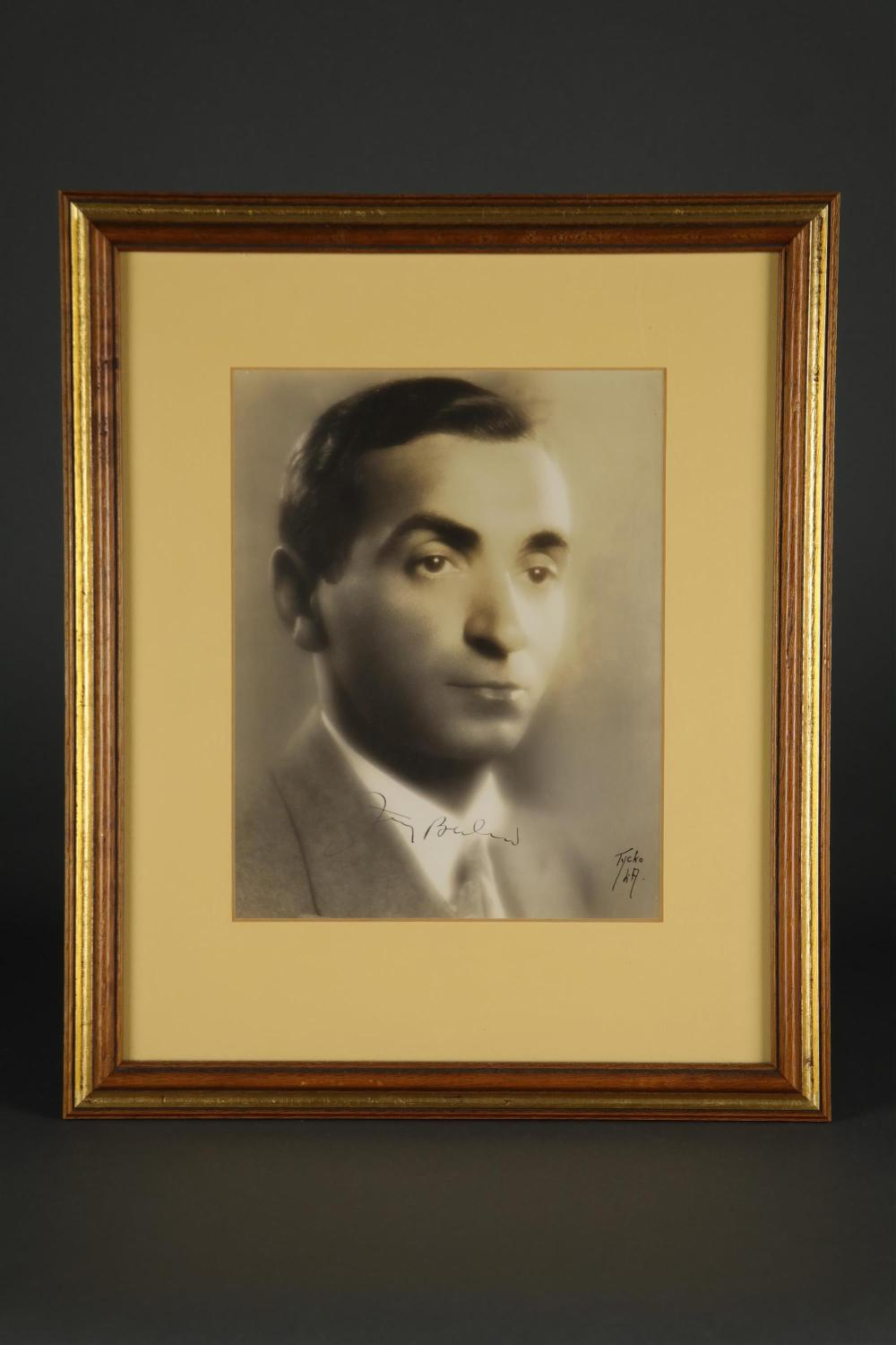 Lot 19: 2 Signed Pieces. Irving Berlin.