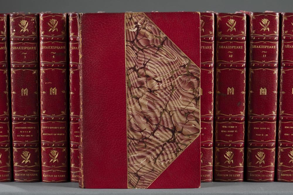 New Century Shakespeare. 24 vols. DeLuxe ed. 1901.