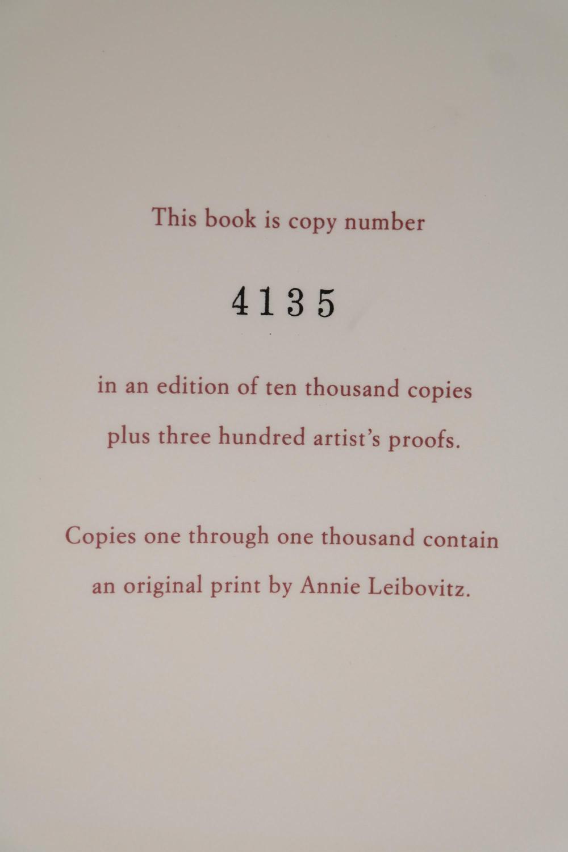 Lot 295: Annie Leibovitz. #4135/10,300