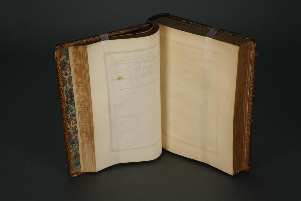 Lot 184: Voltaire. La Pucelle d'Orleans... 1775.