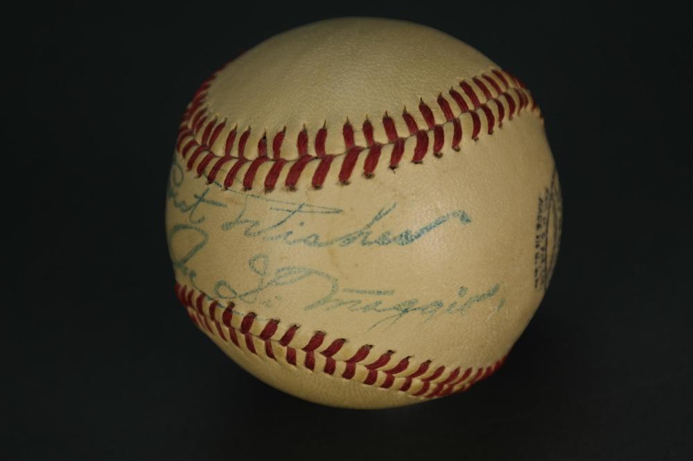 Joe Dimaggio Signed Baseball.