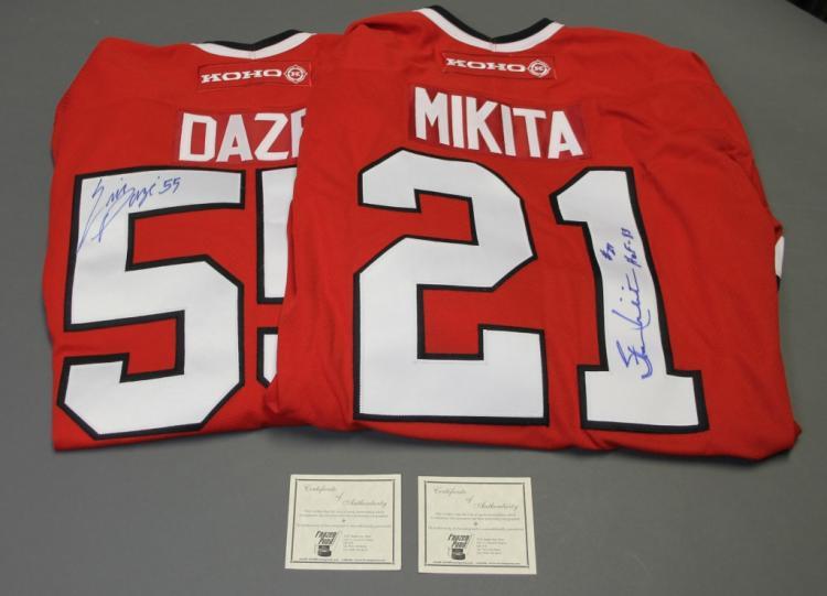 2 sgd Chi. Blackhawks jerseys: Mikita & Daze