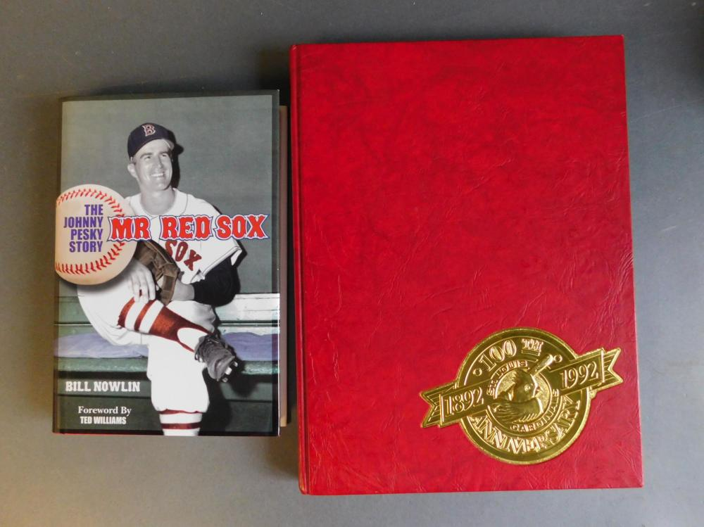 4 books/scorebooks signed by baseball players.
