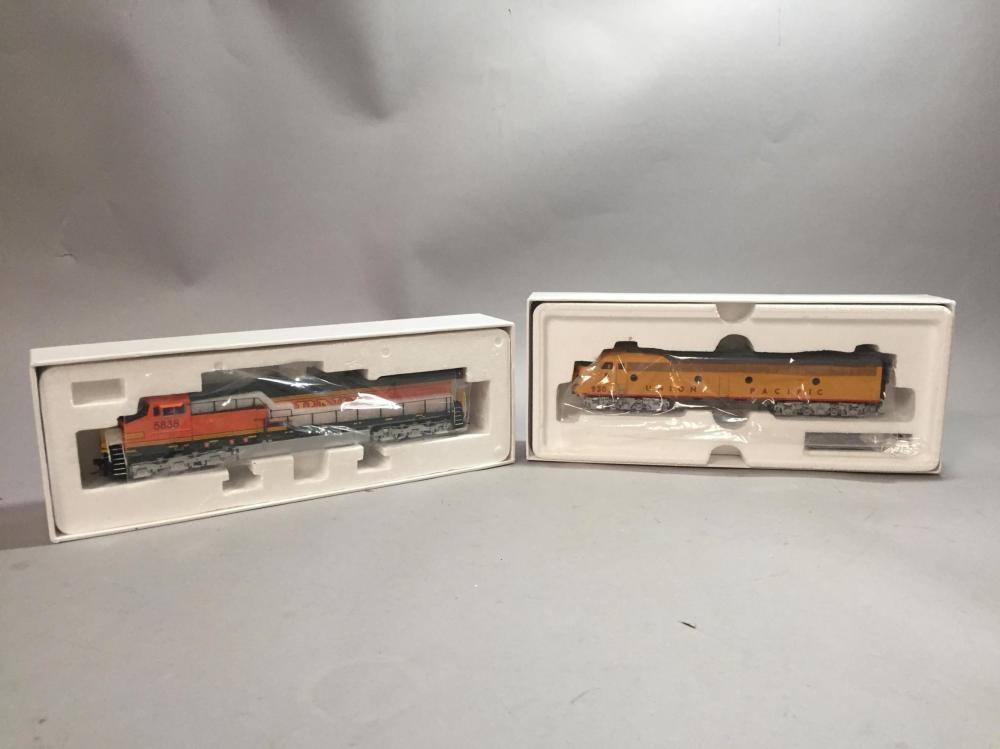 Paragon HO Scale GE AC6000 Locomotive.
