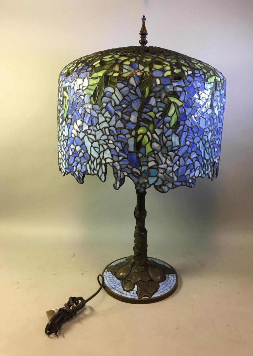Modern Tiffany Wisteria Reproduction Lamp
