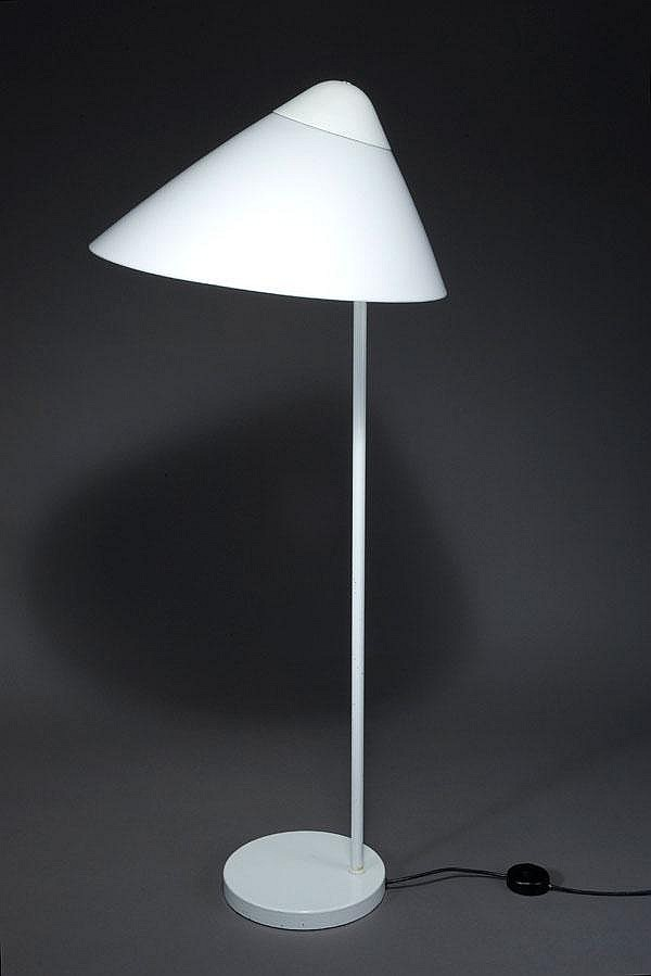 Stehlampe Manufacturer: Louis Poulsen, Kopenhagen