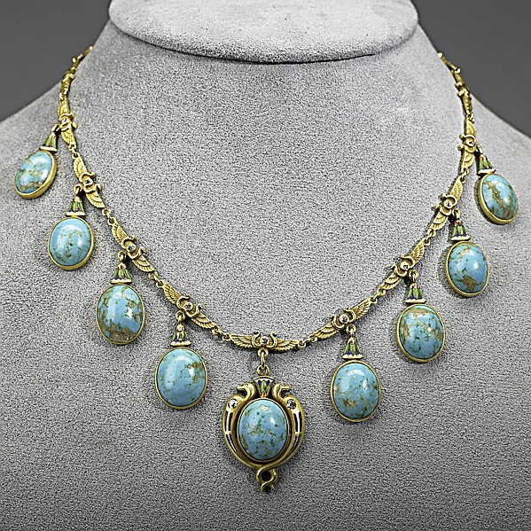EGYPTIAN REVIVAL ENAMELED GOLD FRINGE NECKLACE;