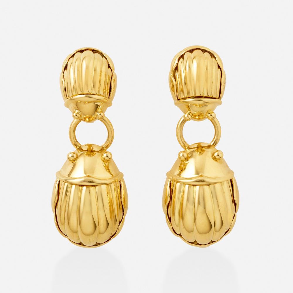 Tiffany & Co., Gold scarab earrings