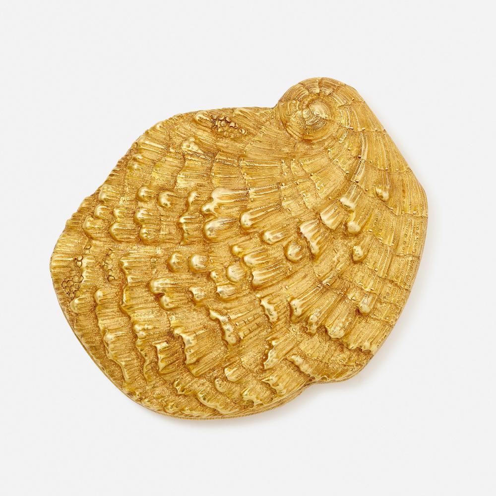 Buccellati, Gold shell compact