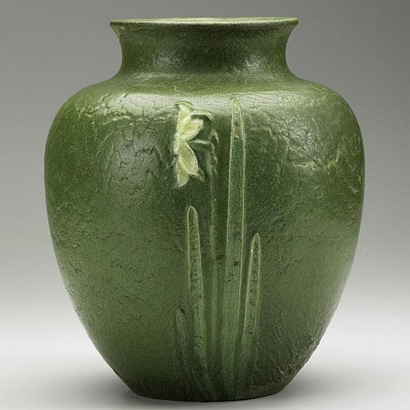 RUTH ERICKSON; GRUEBY; Fine vase with three