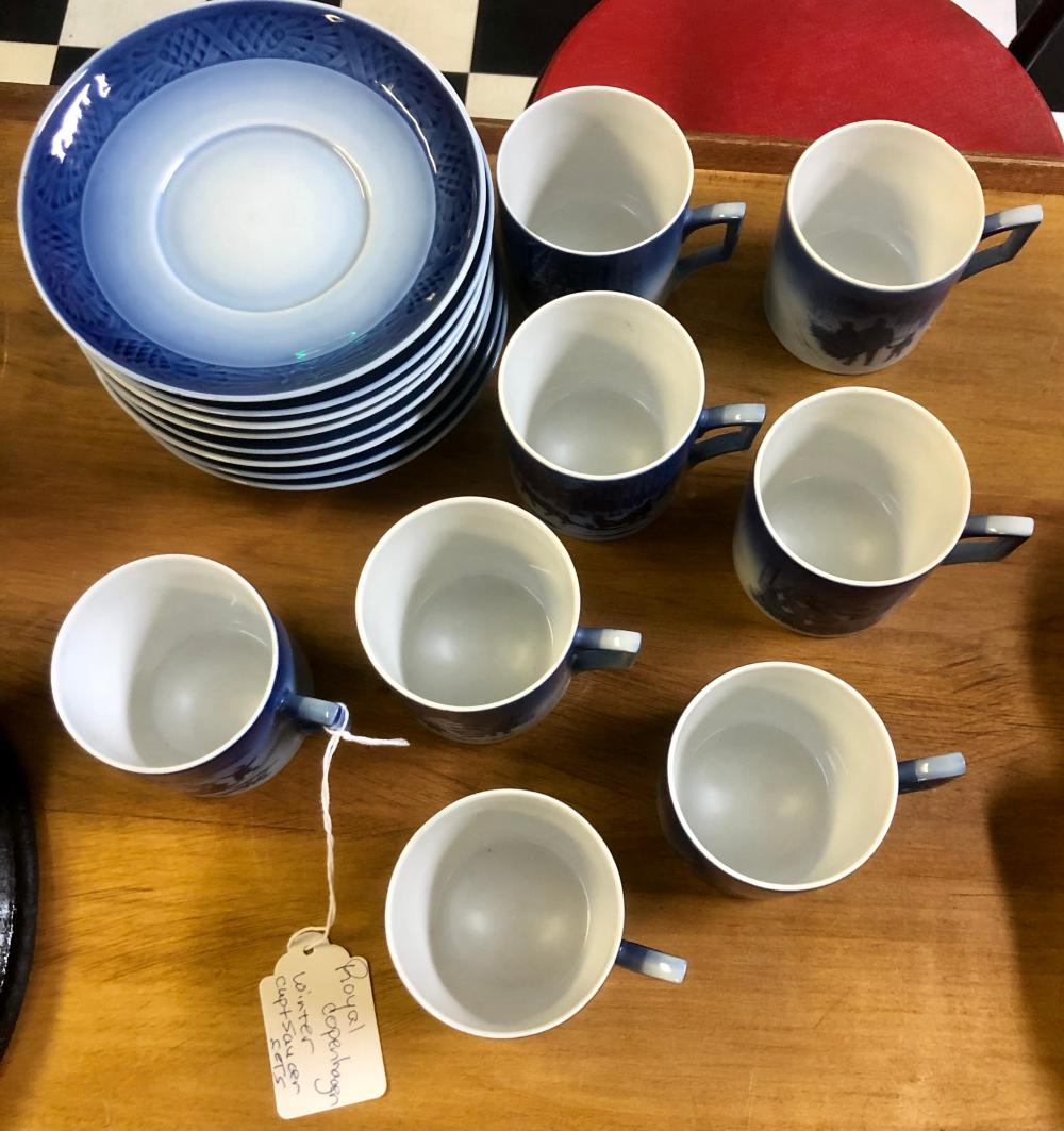 Lot 10: (SET OF 8) ROYAL COPENHAGEN WINTER HOLIDAY CUP & SAUCER SETS