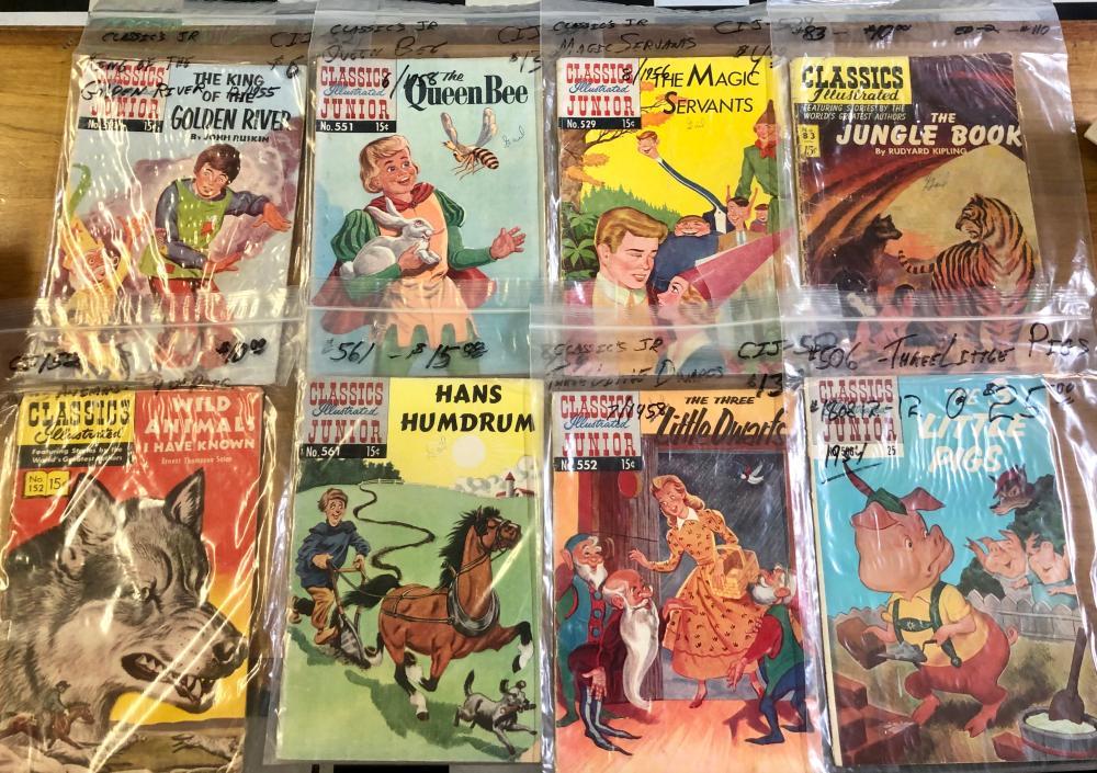 (8) 1950'S/1960'S 15 & 25 CENT CLASSICS ILLUSTRATED CARTOON (JUNIOR) THEMED COMICS