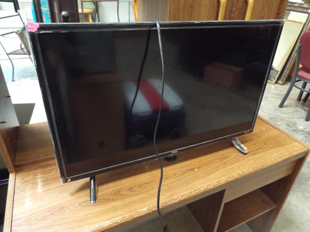 TCL Smart TV & Remote