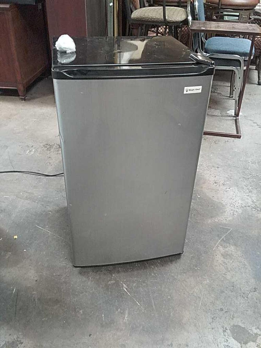 Sold Price Magic Chef Mini Fridge Invalid Date Mst When you buy two or more select major appliances $498 or more. invaluable com