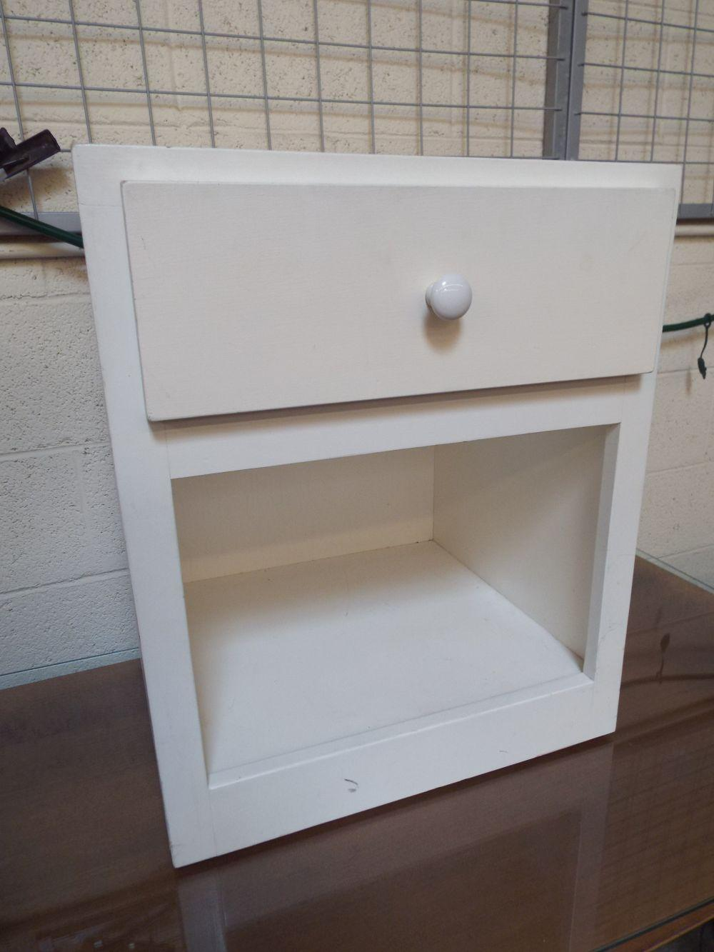 Solid Wood White One Drawer Night Stand