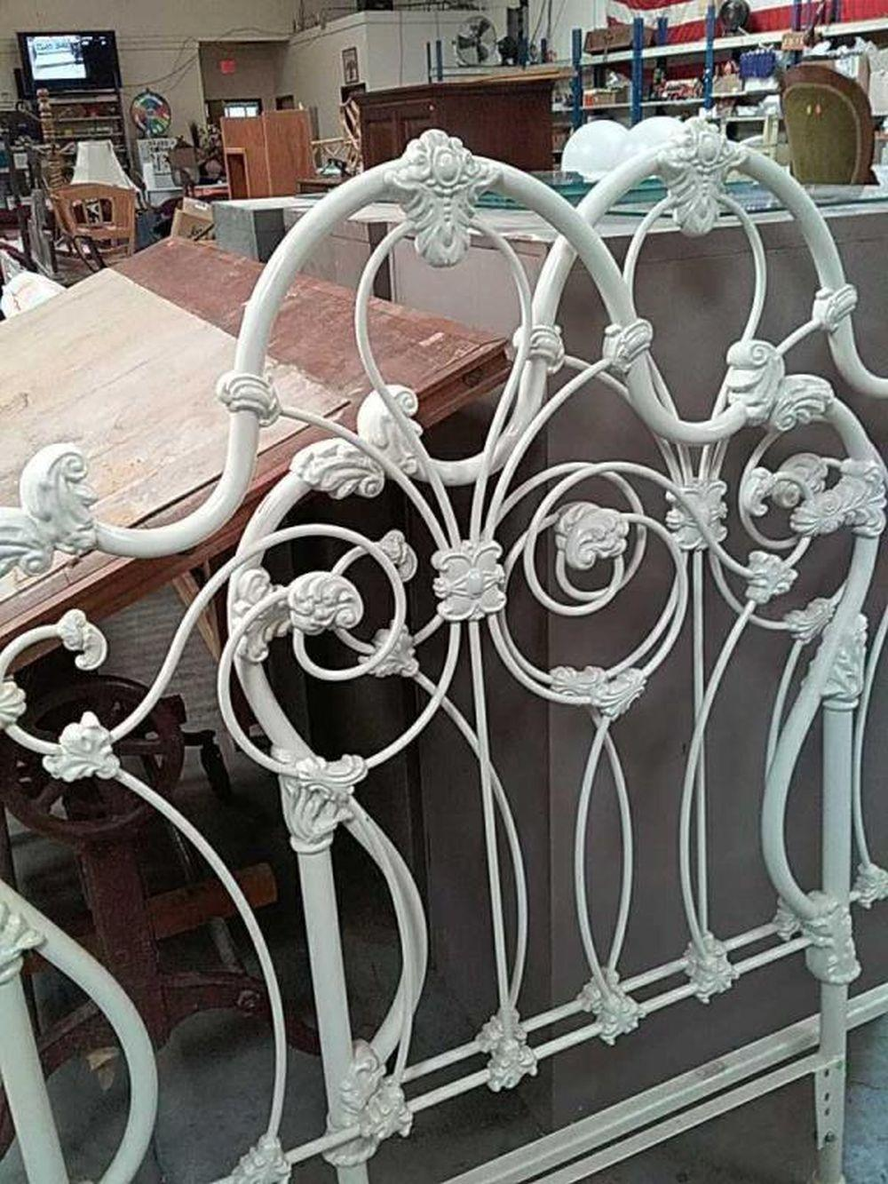Sold Price 2 Vintage Cast Iron Ornate Twin Headboards Invalid Date Mst