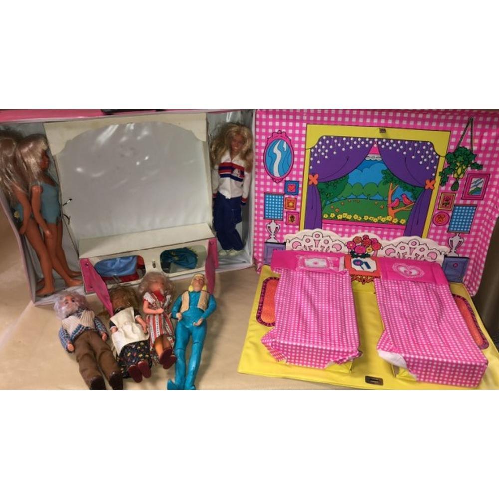1974 Barbie Doll Case, Kenner Bionic Woman