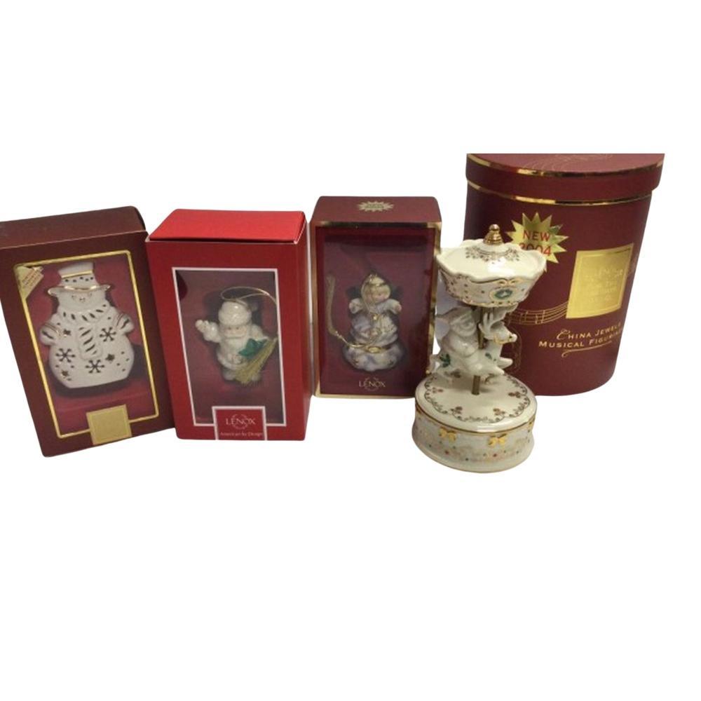 Lenox China Jewels Musical Figurine Carousel Santa