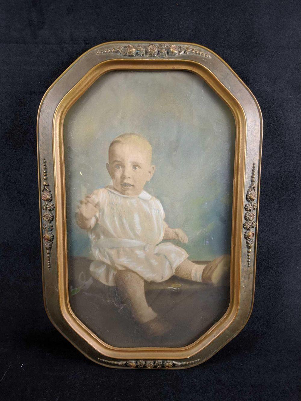 Antique Art Nouveau Convex Bubble Glass Picture Frame With Baby Photo