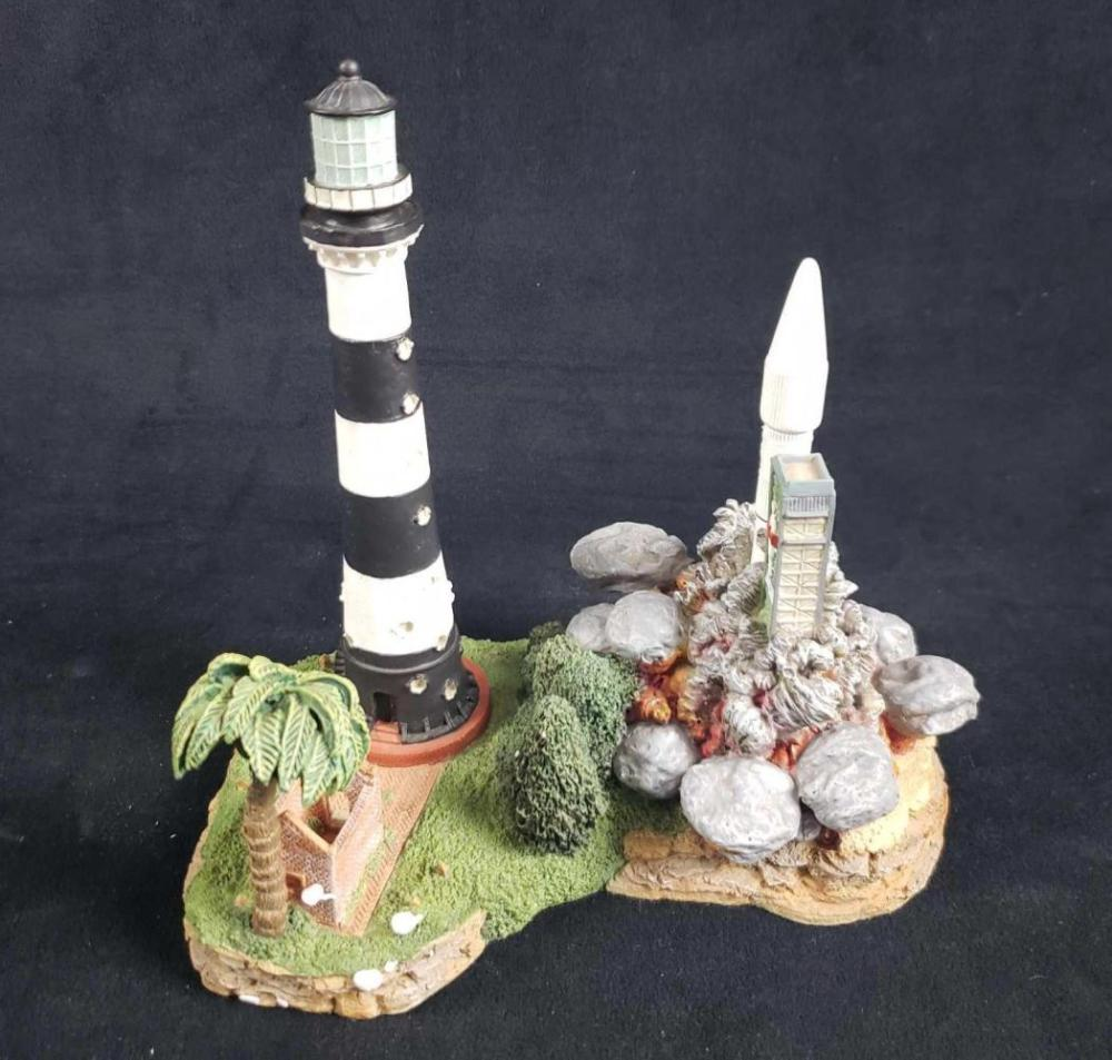 Harbour Lights Cape Canaveral Lighthouse Figurine with COA