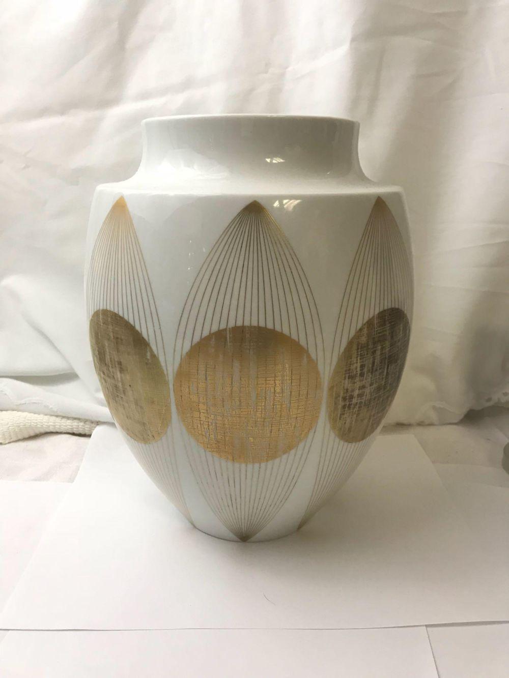 Atomic Age Furstenberg Gold and White Porcelain Vase
