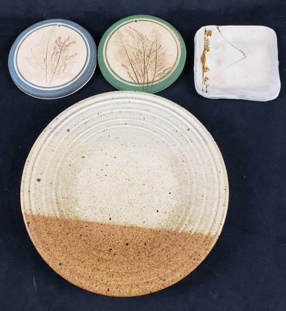 Lot of 4 Earthenware Pottery Items
