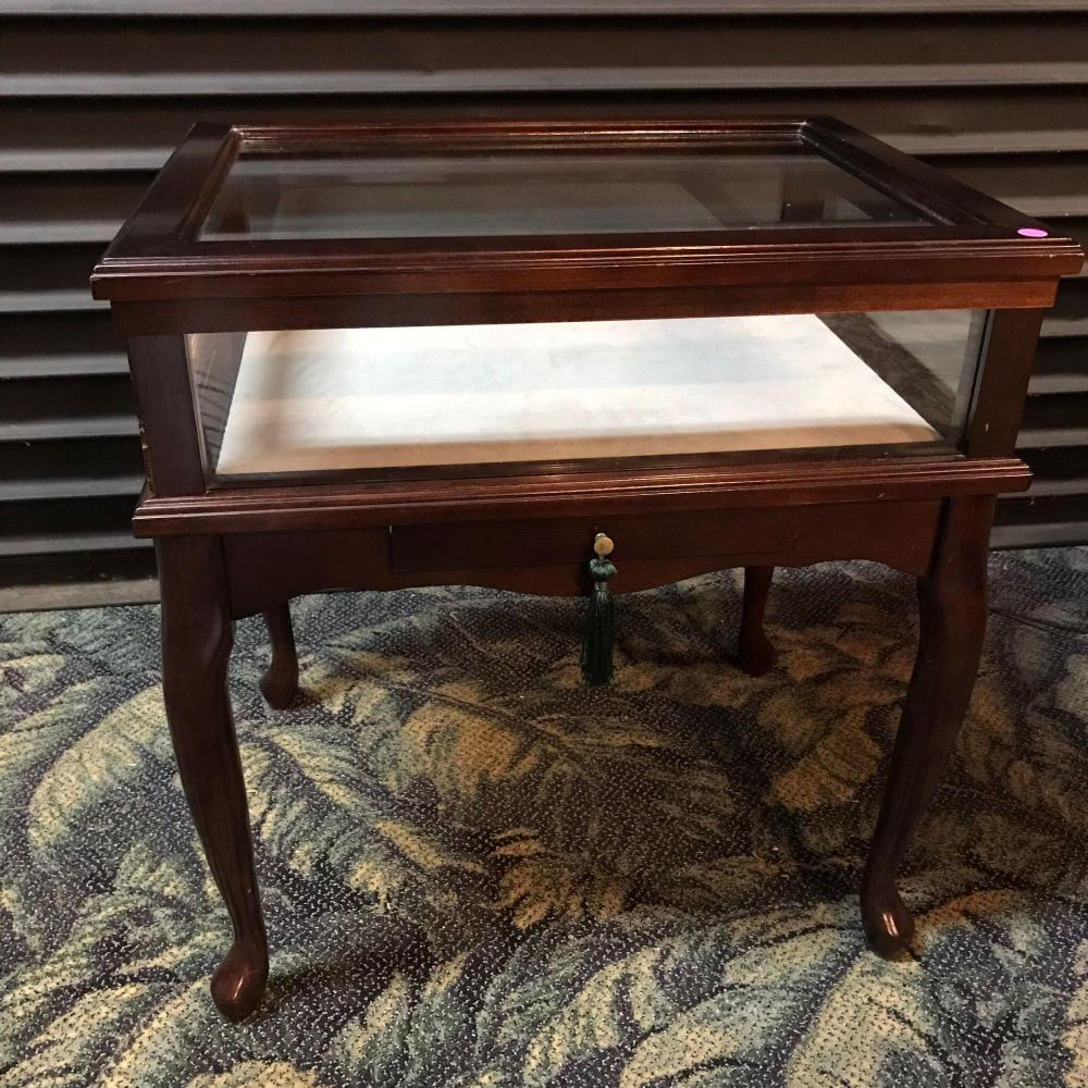 Tremendous Bombay Co Display Shadow Box Curio End Table Dailytribune Chair Design For Home Dailytribuneorg