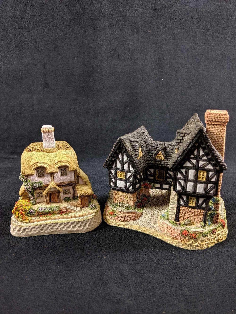 Lot 110: Vintage David Winter Cottages Lot of 2