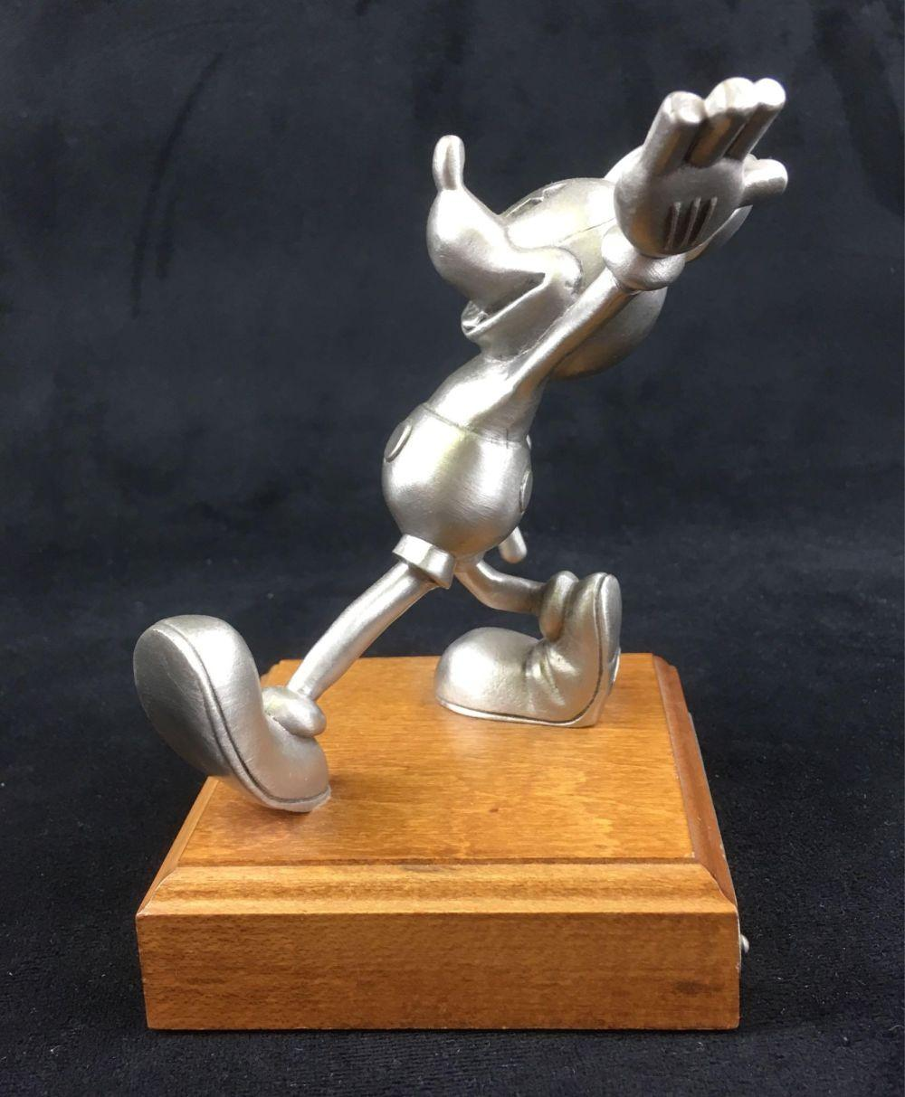 Lot 119: Walt Disney Limited Edition Pewter Antique Mickey 1931 by Hudson, Marked 1055/250