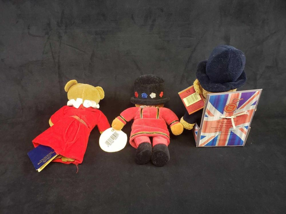 Lot 158: Lot of 3 European Bears