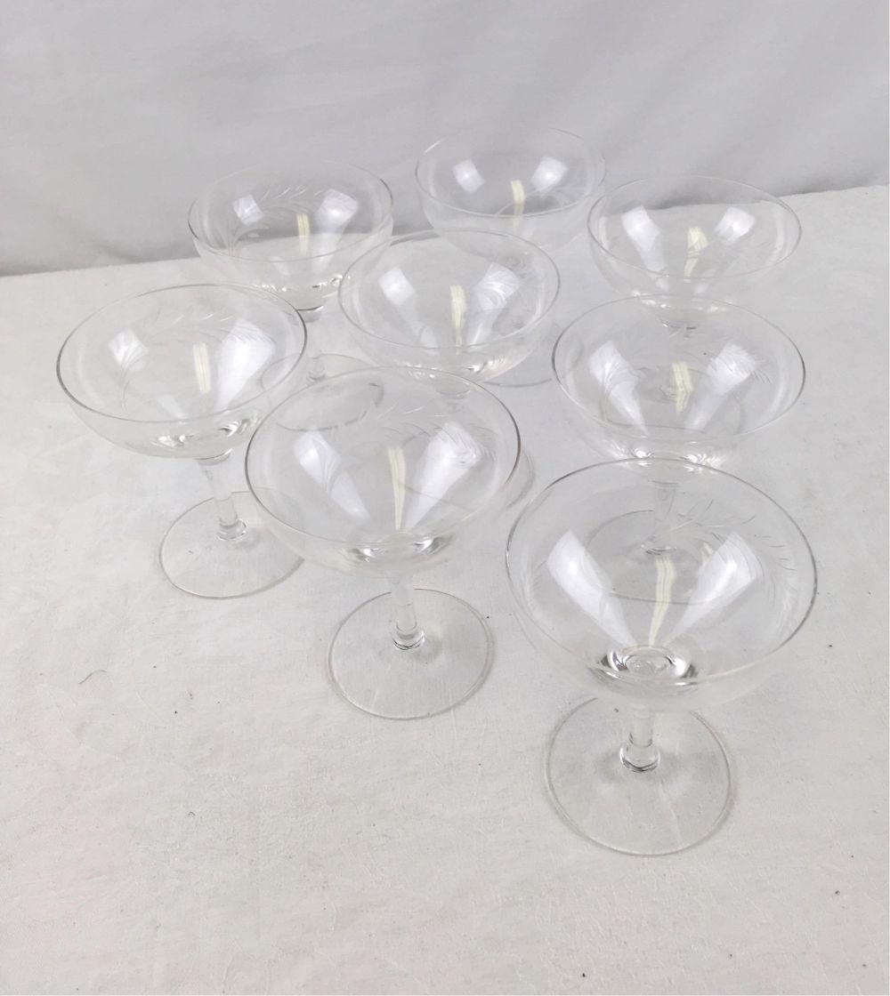 Lot 178: 8 Fine Etched Crystal Vintage Style Champagne Glasses