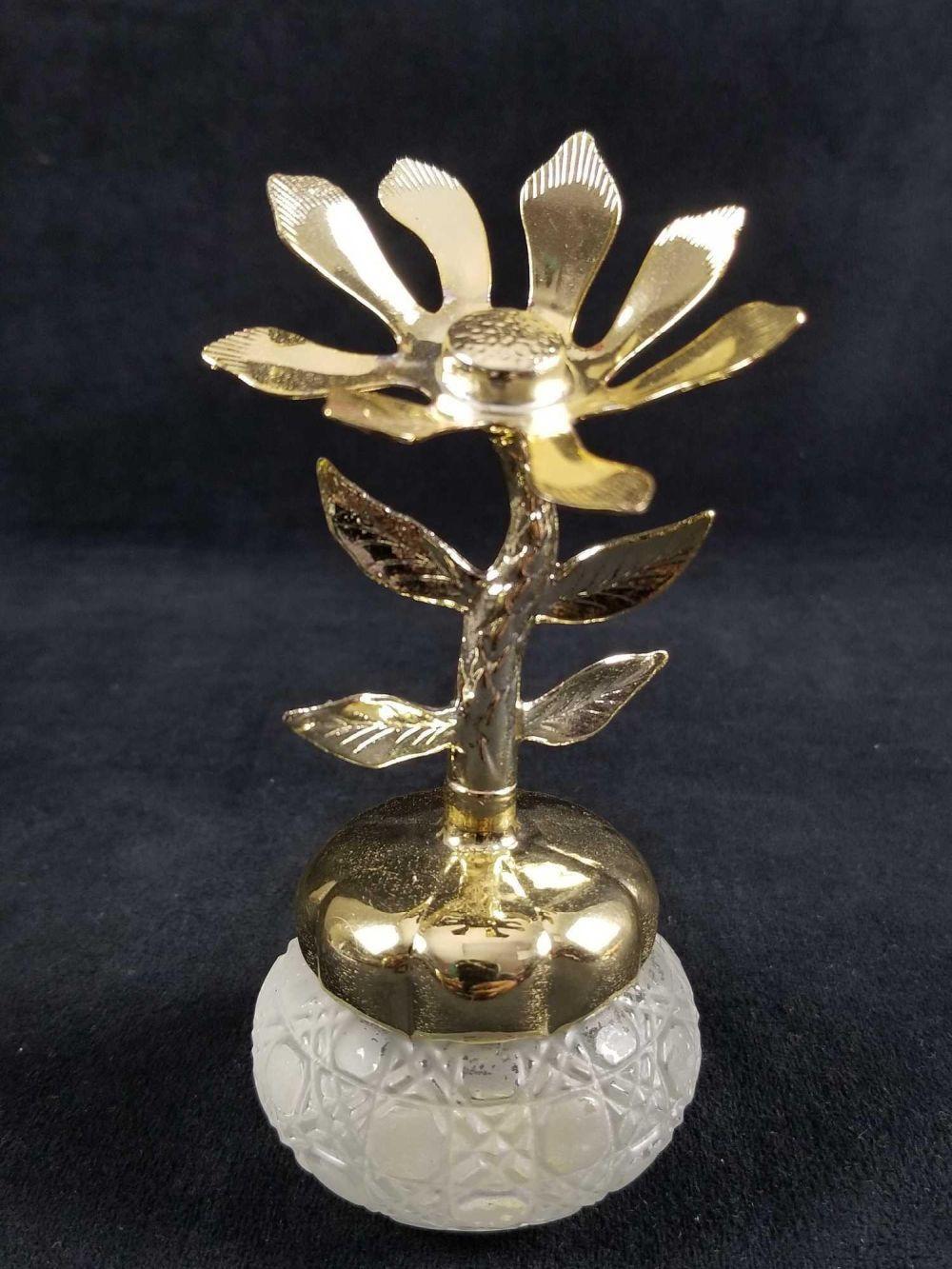 Lot 230: Vintage Avon Flower Shape Perfume Bottles