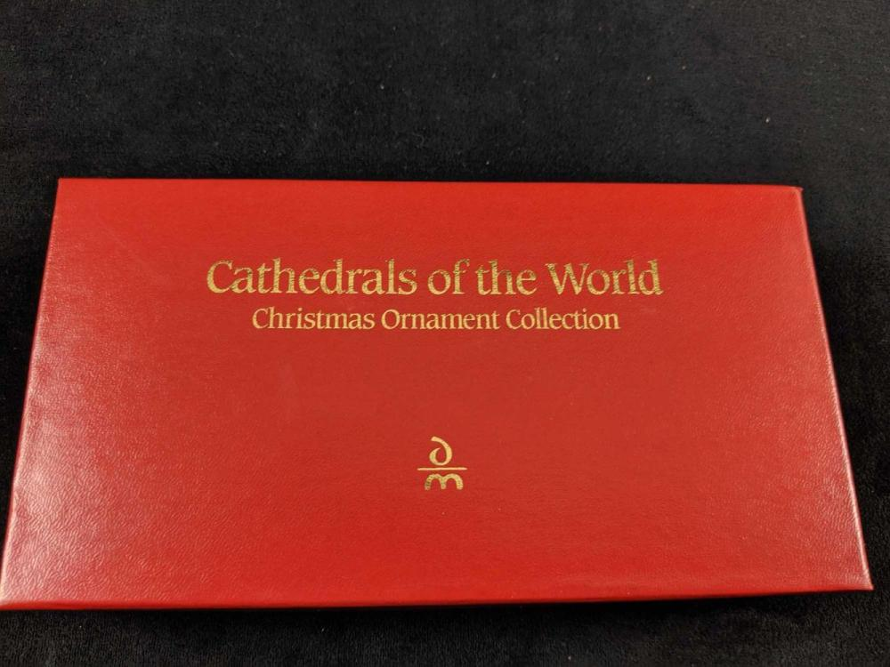 Lot 255: Danbury Mint Hand Painted Cathedrals Of The World Ornament Set Retired