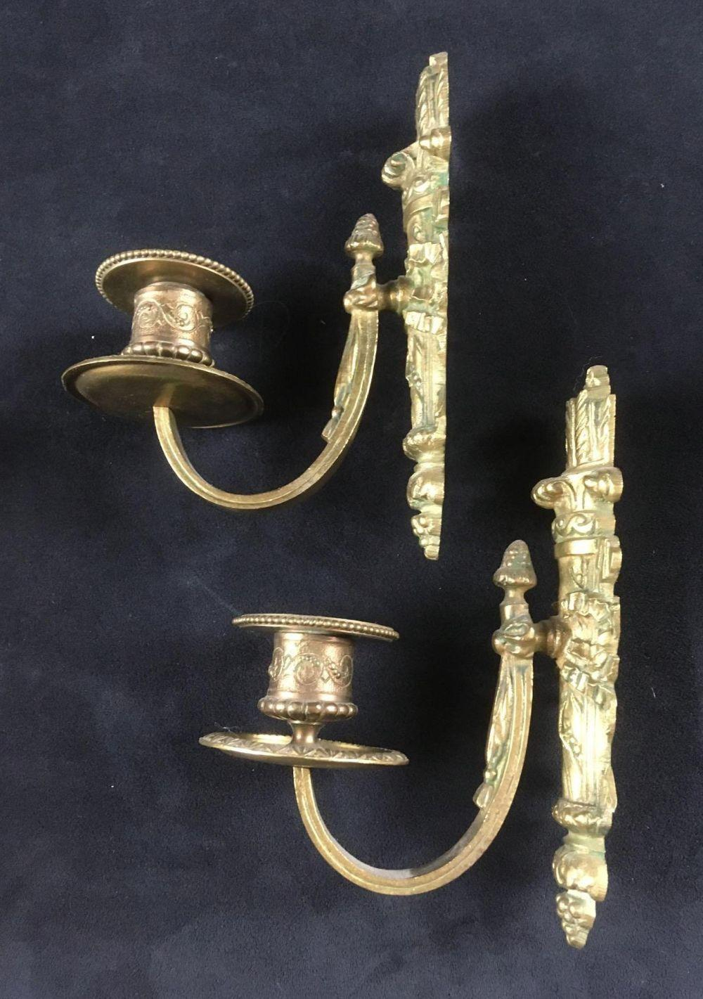 Lot 26: Two Wall Hanging Candle Holders