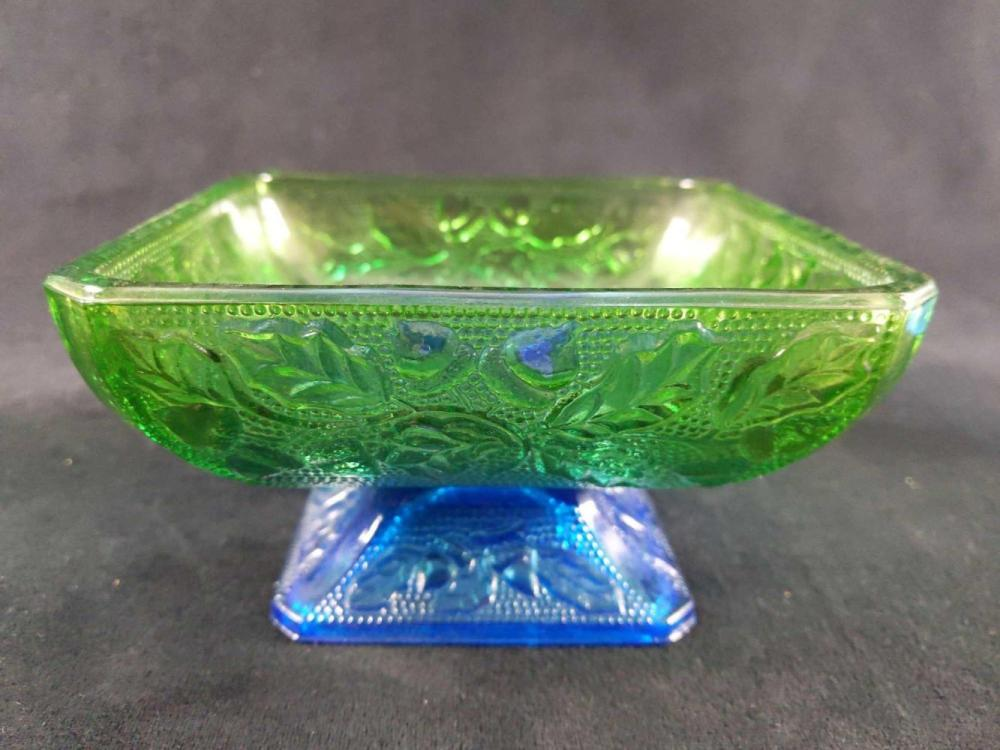 Lot 267: Colorful Glass Lot of 5