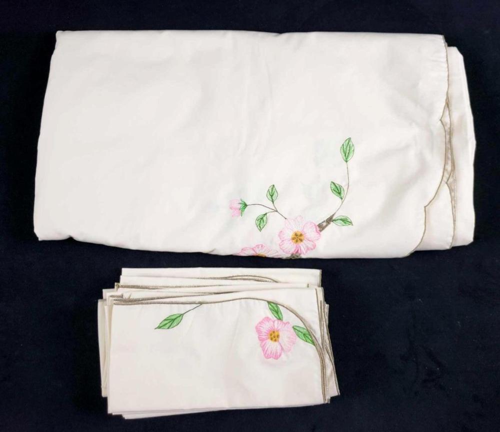 Lot 287: BM Jabara NY Desert Rose Polyester and Cotton Napkin and Tablecloth Set