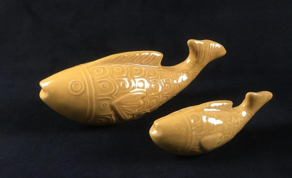 Lot 42: 2 Foreside Home and Garden Ceramic Yellow Fish