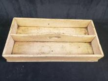 Lot 5: Lot of 5 Assorted Trays