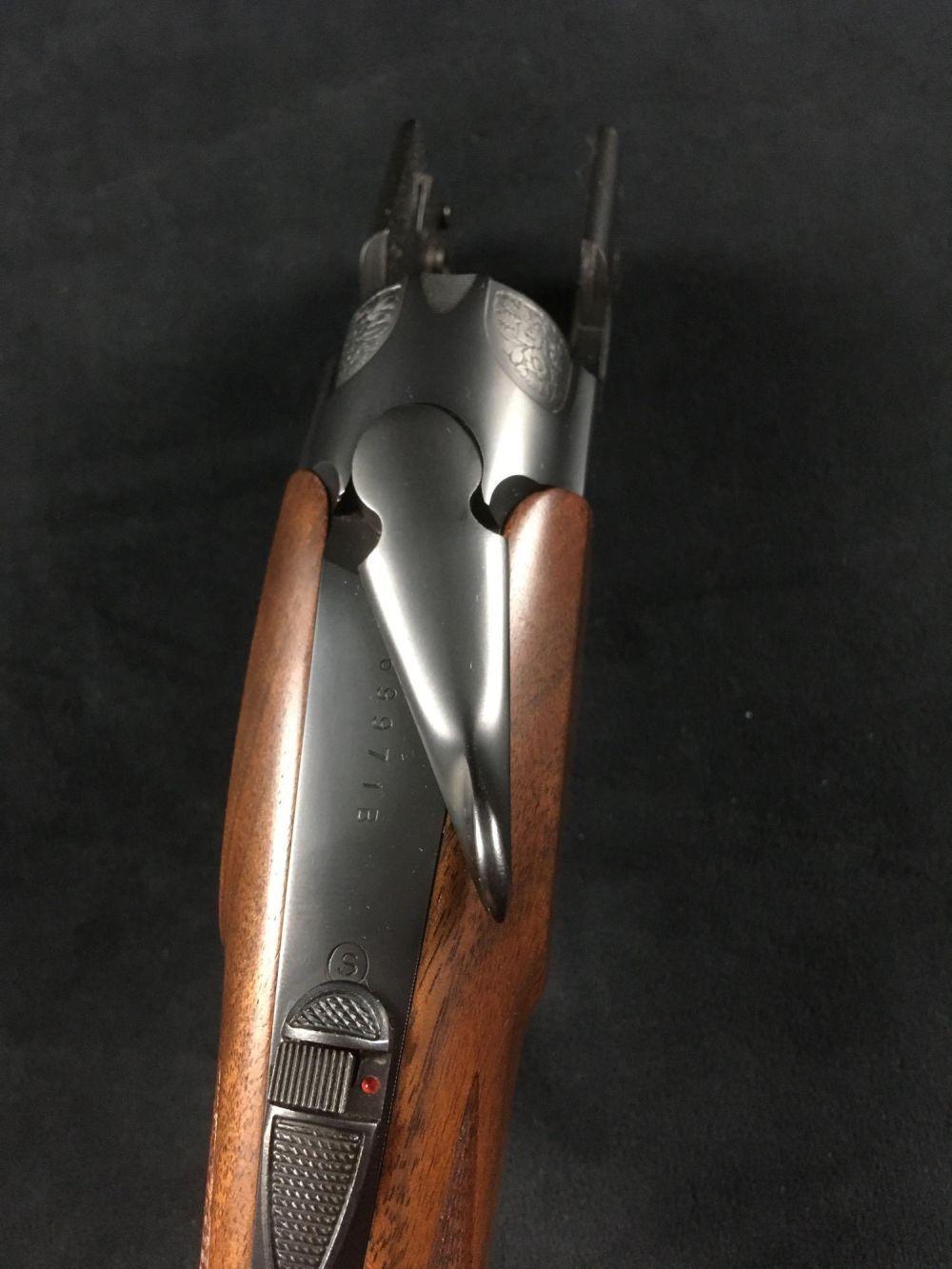 Lot 77: Vintage 12 GA Over Under Shotgun Orvis Berretta Uplander Model