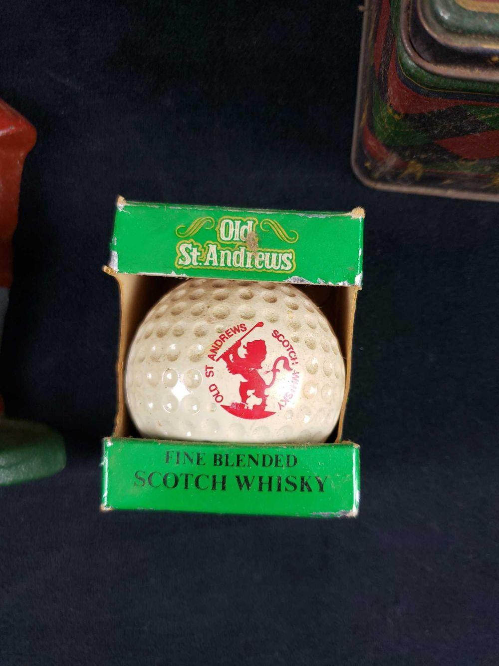 Lot 305: Lot of 4 Vintage Golf Enthusiast Themed Items