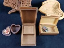 Lot 319: Lot of 6 Mid Century Wooden Trinket Boxes and Decorations