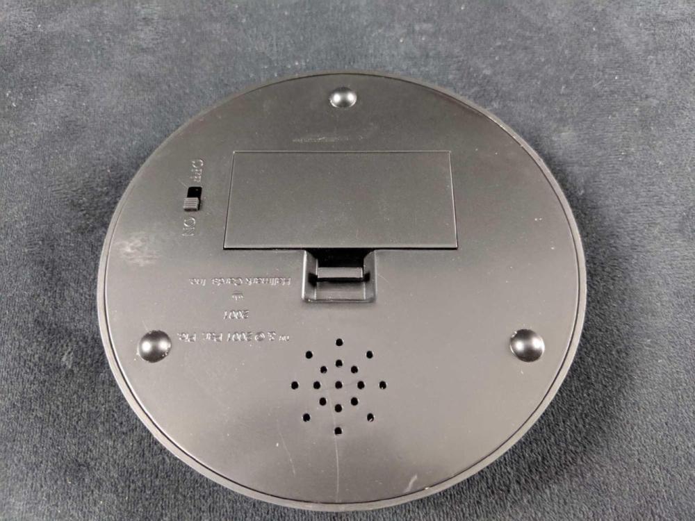 Lot 333: Space Station Deep Space 9: STAR TREK DS9 2001 Hallmark Keepsake Ornament SOLD OUT