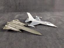 Lot 335: Hallmark Diecast Keepsake Ornaments Lockheed Jets Lot of 2